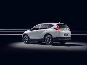 Honda CR-V Hybrid Prototype 4